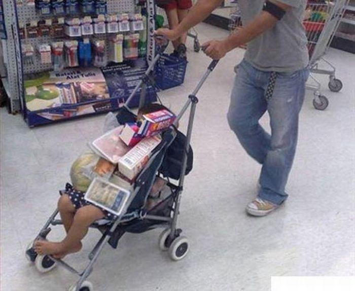 Очень плохие родители. Часть 6. (29 фото)