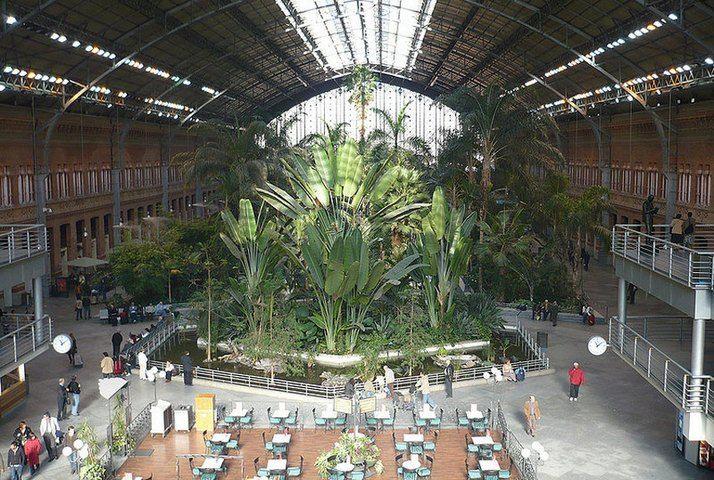 9 самых странных железнодорожных станций в мире (10 фото + текст)