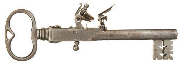 Огнестрельные ключи, конфискованные у заключенных (6 фото)