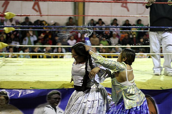 Cholitas - беспощадные бои (29 фото)