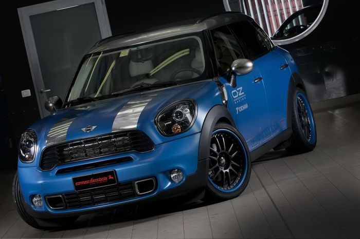 MINI Countryman 150o Anniversario от ателье Romeo Ferraris (33 фото)