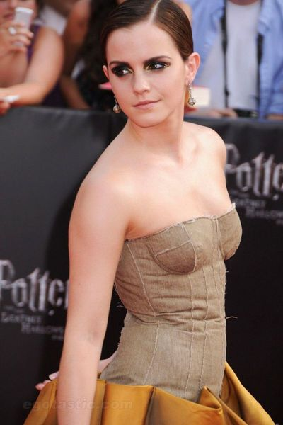 Emma Watson на премьере (9 фото)