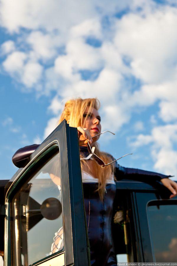 АвтоЭкзотика 2011. Девушки. (39 фото)