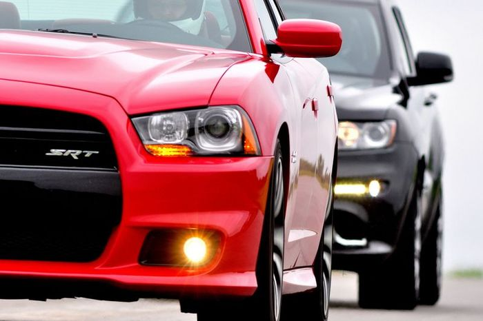 Chrysler Group и Racing Technology (SRT) объявили цены на новые SRT8 (57 фото)