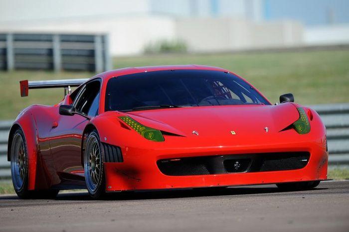 Ferrari 458 Italia для участия в Grand Am (4 фото)