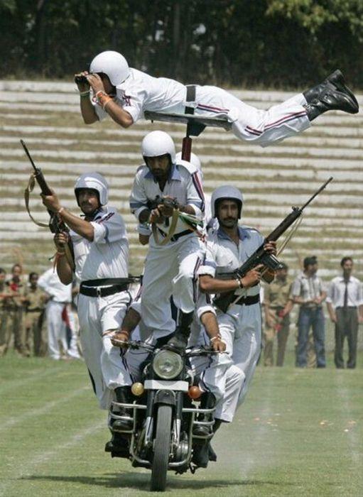 Армейские маразмы (59 фото)