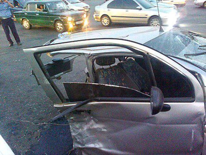 В Оренбурге на улице Чкалова произошло серьезное ДТП (8 фото)