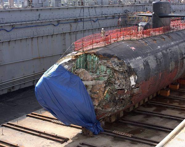 Сжечь подводную лодку