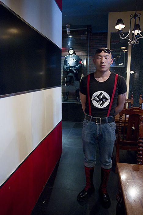 http://fishki.net/picsw/072011/28/post_anti/nacist/006.jpg
