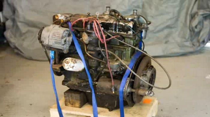 Полная переборка двигателя в одном ролике из 3000 снимков (видео)