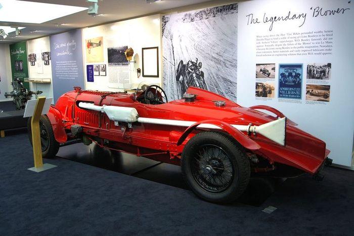 Легендарный Bentley продали за рекордные 4,5 млн. фунтов стерлингов! (4 фото)