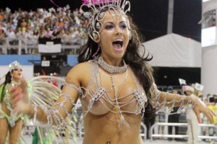 Голые карнавал бразилия
