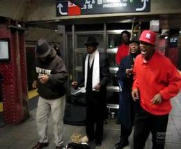 Ансамбль в Нью-Йоркской подземке