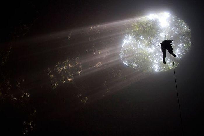 Потрясающие пещеры мира (20 фото)