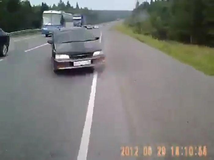 Авария дня часть 628 (5 фото+видео)