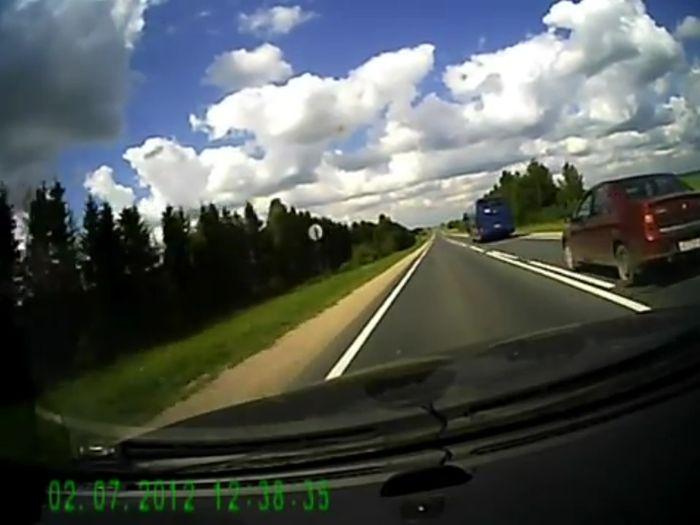 Авария дня часть 629 (фото+2 видео)
