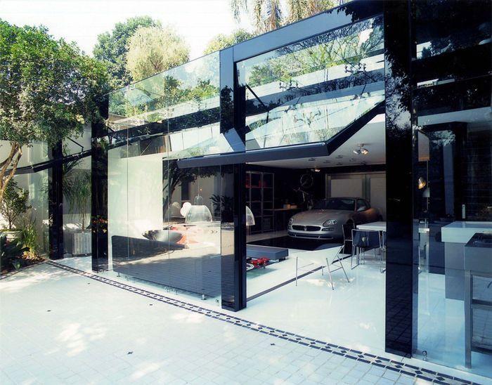 Современный гараж из стекла от Brunete Fraccaroli (17 фото)