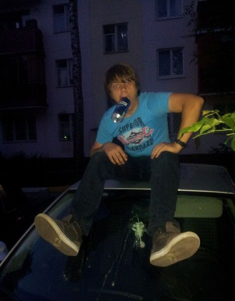 Малолетние идиоты повредили 16 машин за ночь (20 фото+3 видео)
