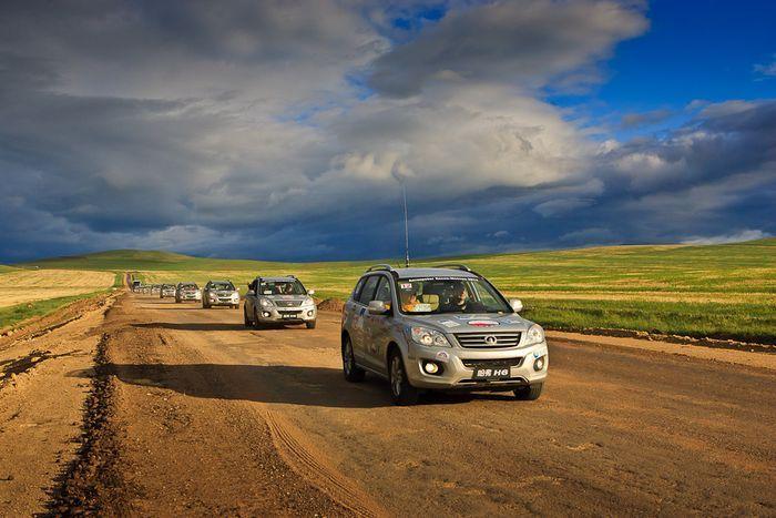 Автопробег Пекин-Москва финишировал в Москве (20 фото)