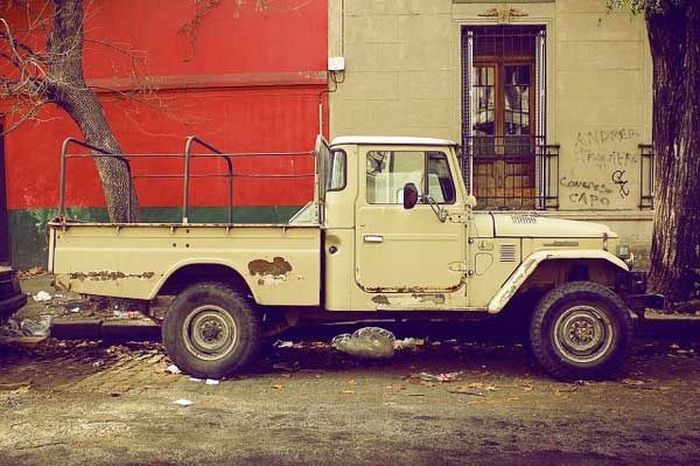 Брошенные автомобили (18 фото)