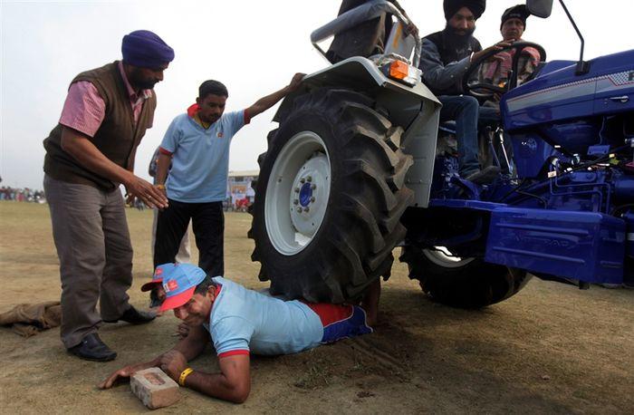 Сельские Олимпийские игры в Индии (11 фото)
