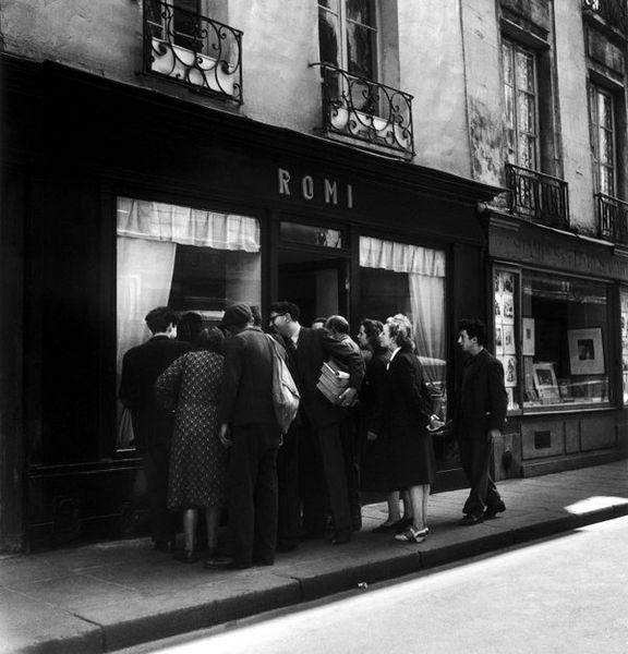 Парижане в шоке (8 фото)