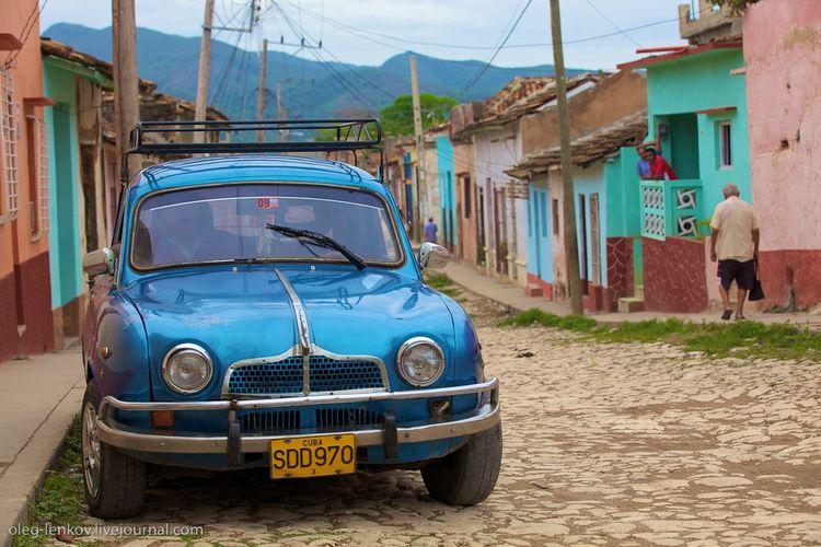 Автомобильные пристрастия кубинцев (29 фото)