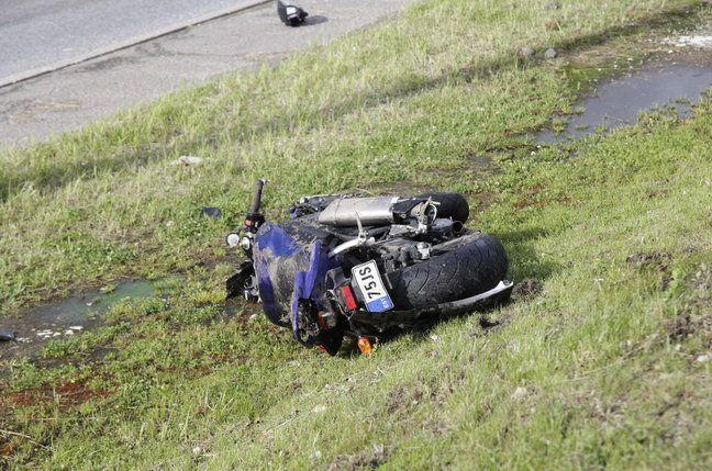 В понедельник 16.07 в Таллине погиб мотоциклист. (7 фото)