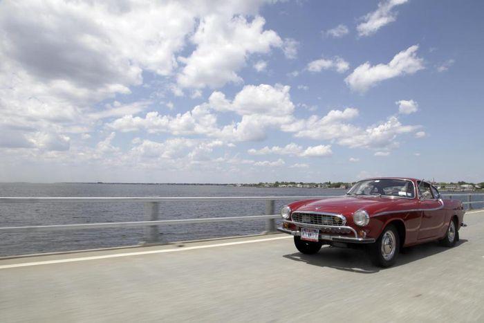 Автомобиль с самым большим автопробегом в мире (6 фото)