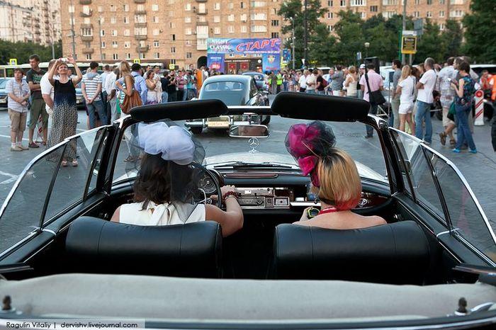 Ралли ретро-автомобилей Ночная Москва 2012 (30 фото)