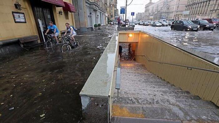 потоп, наводнение, москва, гроза, жертвы