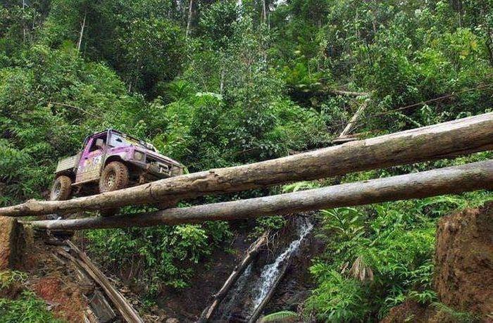 Фотоальбом водопад, дорога, опасно, переправа