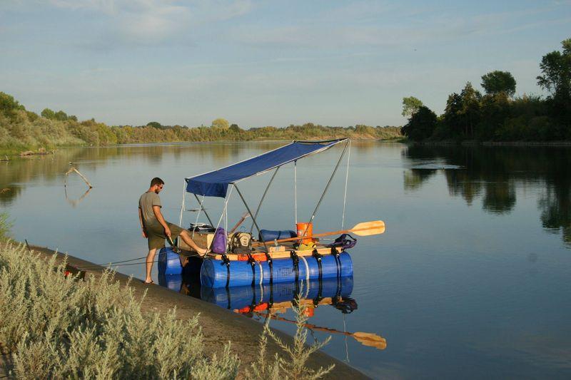 Бесплатный фотоприкол лодка, плот, своими руками, шатер