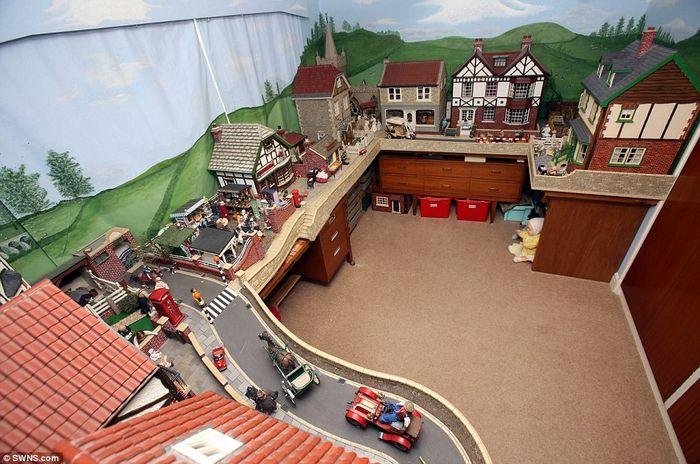 игрушки, домик, кукла, старик, увлечение, хобби