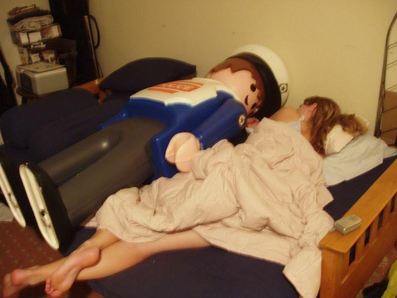 Шикарное фото девушка, пара, постель, прикол