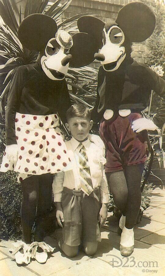 Фото костюмы, на коленях, ребенок, ужас