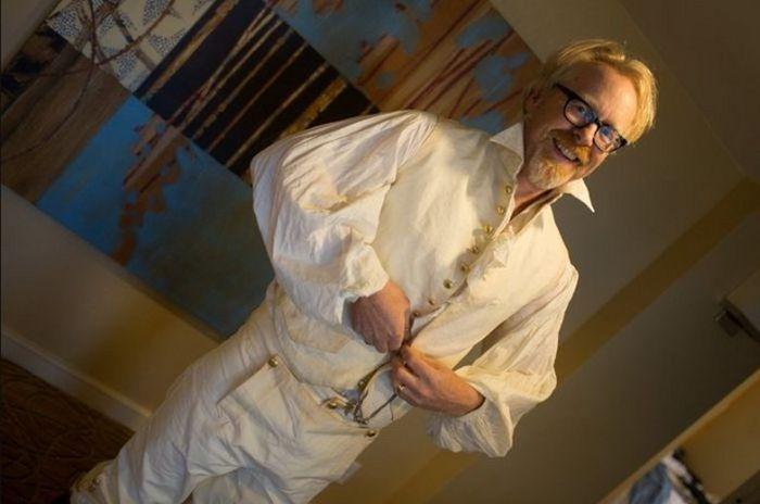 Крутой косплей костюм Адама Сэвиджа (26 фото)