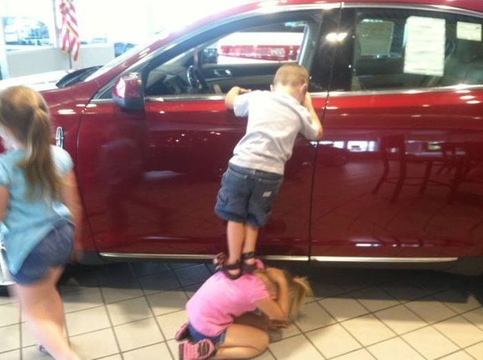 Юмор дети, машина, помощь
