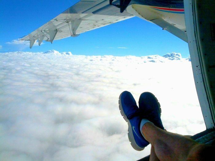 Смешной фотоприкол крыло, окно, прикол, самолет