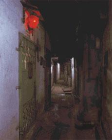 В чудовищной коммуналке было нормально 50 тысячам китайцев (11 фото)