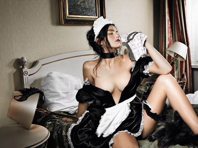 Новая рекламная кампания производителя мужского белья (8 фото)