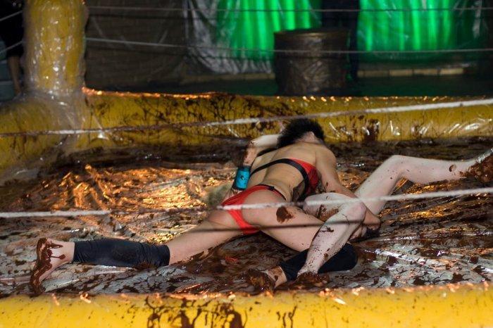 Бой эротичный женский фото 537-117