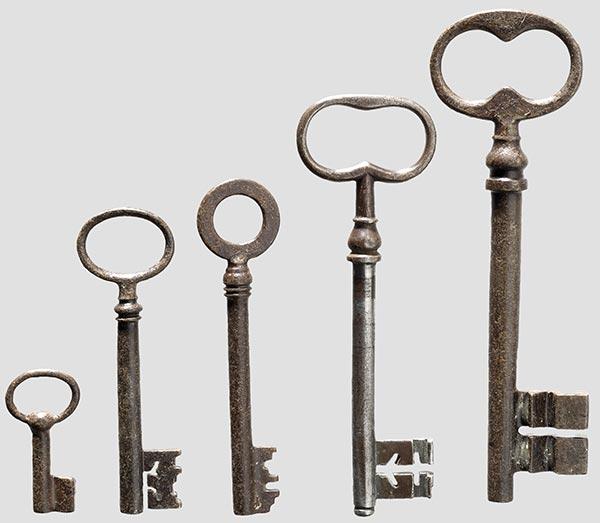 Старинные ключи (18 фото)