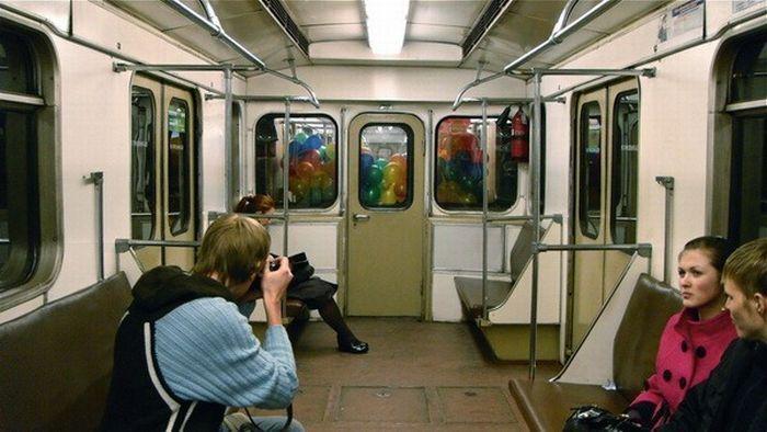Приколы в Метро (57 фото): fishki.net/23768-prikoly-v-metro-57-foto.html
