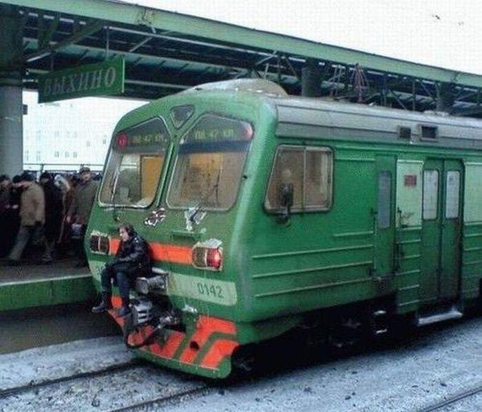 https://fishki.net/picsw/082009/21/bonus/metro/011.jpg