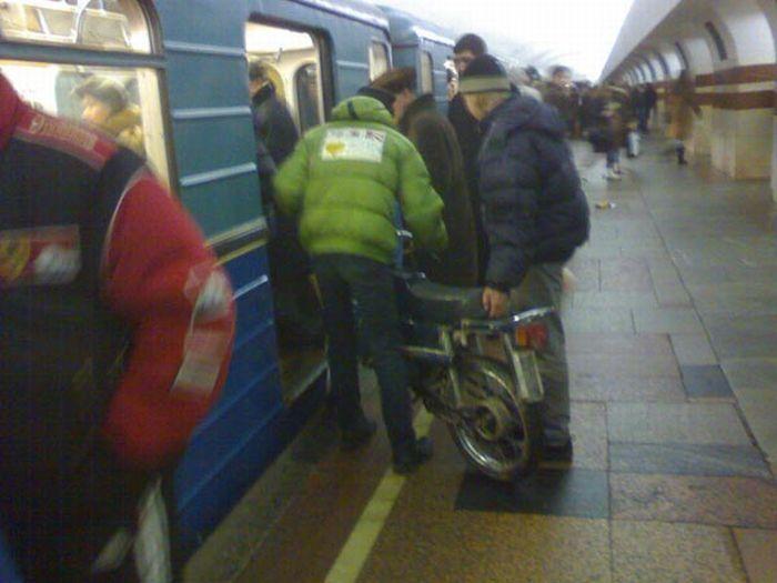 https://fishki.net/picsw/082009/21/bonus/metro/026.jpg