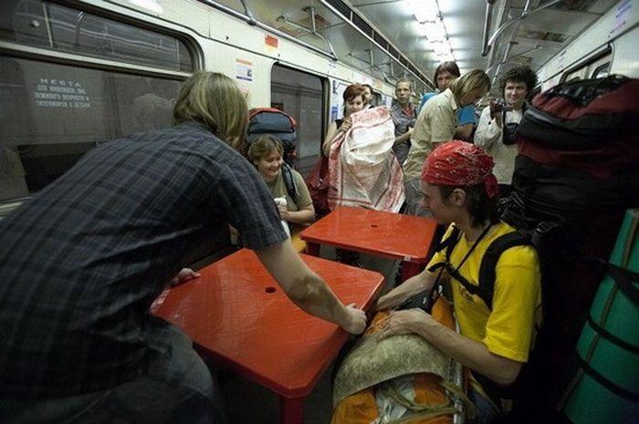 https://fishki.net/picsw/082009/21/bonus/metro/032.jpg