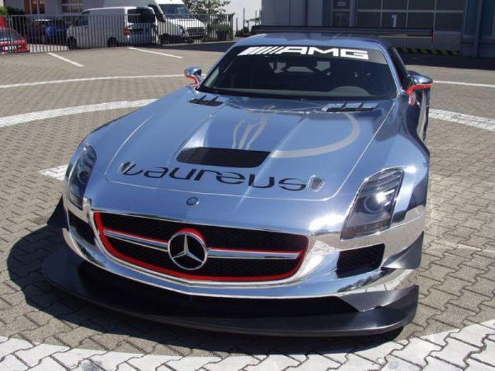 Mercedes-Benz SLS AMG GT3 в хроме! (5 фото)