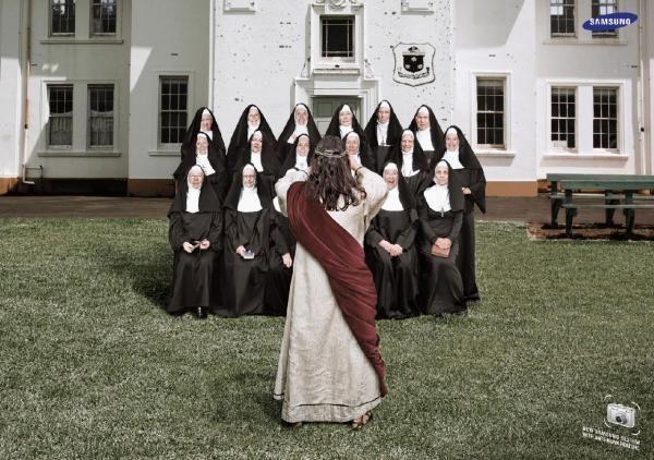 Samsung Camera: Nuns, SAMSUNG DIGITAL CAMERA, FP7 DOHA, SAMSUNG, Печатная реклама