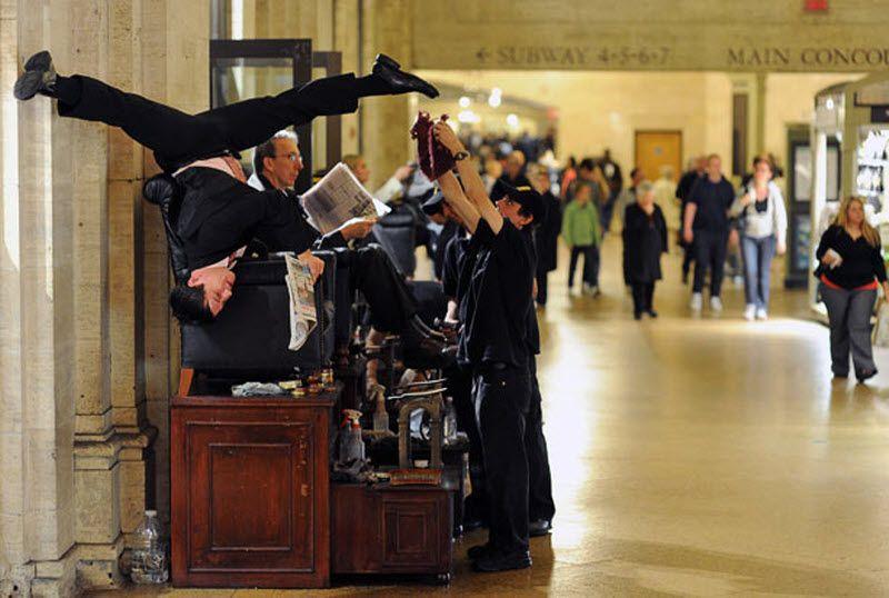 Джейк Сжипек на Центральном вокзале. (JORDAN MATTER PHOTOGRAPHY / BARCROFT USA)